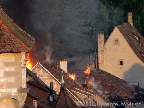 grossbrand am fruehen morgen in der altstadt 21 20150214 1606937413