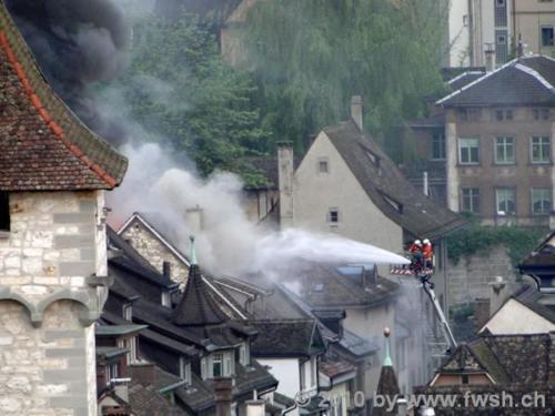 grossbrand am fruehen morgen in der altstadt 24 20150214 1072557800