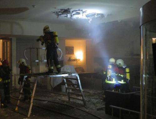 schwelbrand in altstadthotel 1 20151005 1856997036